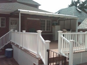AWNING_FOREST_HILLS_HOUSE_TINTED.JPG